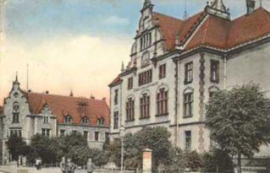 Budynki sądu i poczty