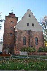 Wschodnia ściana szczytowa ze śladami dawnych ostrołukowych gotyckich okien