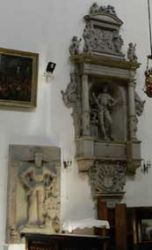 Nagrobki księcia Karola Krzysztofa (z prawej) i Jerzego Podiebrada
