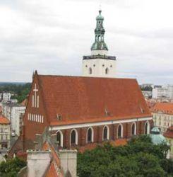 Bryła kościoła powstałego za czasów książąt piastowskich